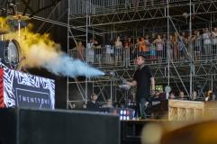 Tyler Joseph Sprays Josh Dun with Compressed Air.